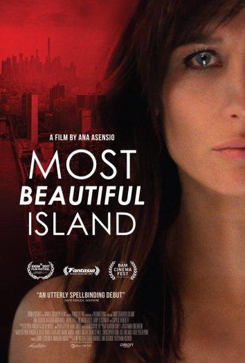 Смотреть Самый красивый остров онлайн в HD качестве 720p
