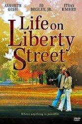 Смотреть Жизнь на улице Либерти онлайн в HD качестве