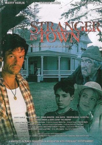 Смотреть Незнакомец в городе онлайн в HD качестве 720p